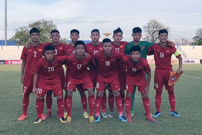 CĐV Đông Nam Á khích lệ tinh thần U15 Việt Nam