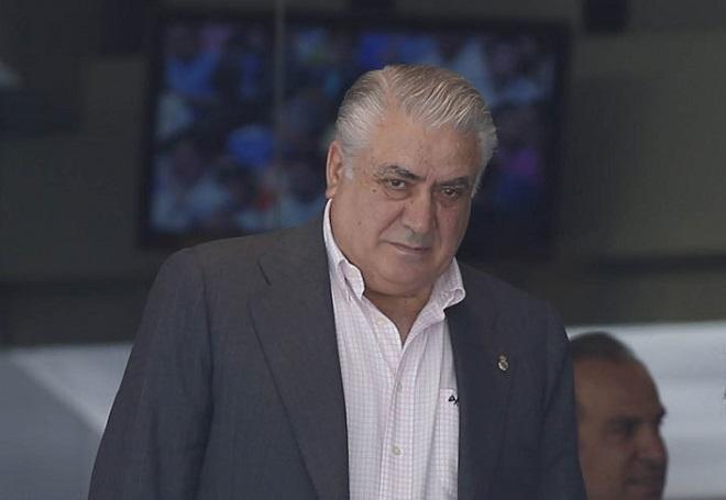 Cựu chủ tịch Real nguy kịch vì Covid-19, La Liga đón nhận thêm tin xấu