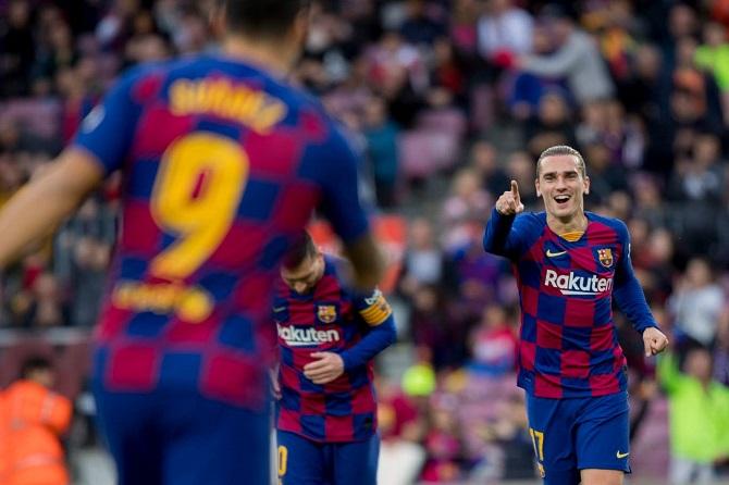 Kết quả Barcelona 4-1 Alaves: Không cần gắng sức vẫn thắng đậm